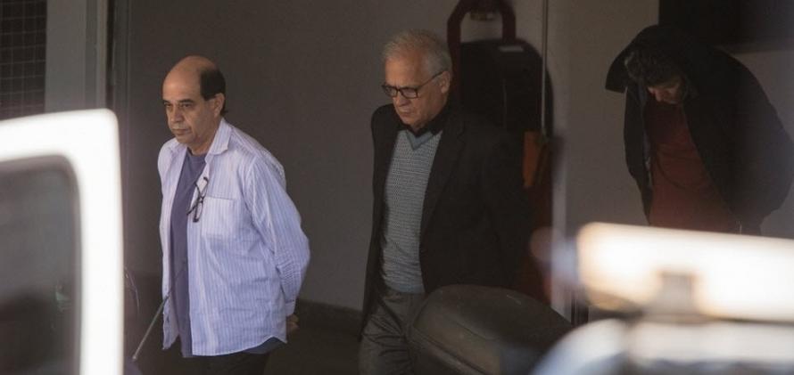 Executivos de grandes empresas chegam à Polícia Federal em Curitiba, para depor. Brasil finalmente punirá os corruptores?