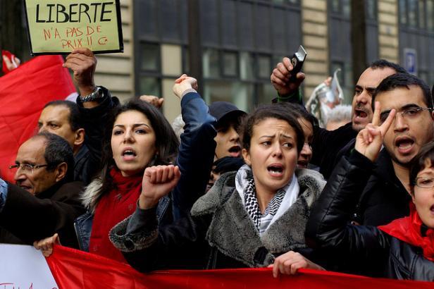 Com intensa participação feminina, Tunísia derrotou ditadura de décadas em 2011 e abriu Primavera Árabe. Agora, receberá, pela segunda vez, Forum Social Mundial