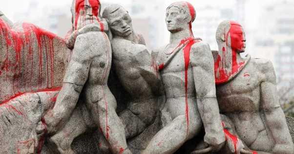bandeirantes-monumento-pintado