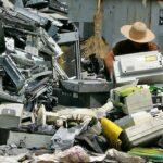 Civilização do lixo, devastadora e desigual