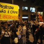 Deputados querem equiparar protesto social a terror