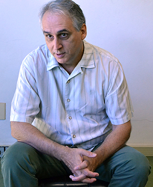 Pierre Girard durante a entrevista, no IHU Foto: Cristina Guerini | IHU