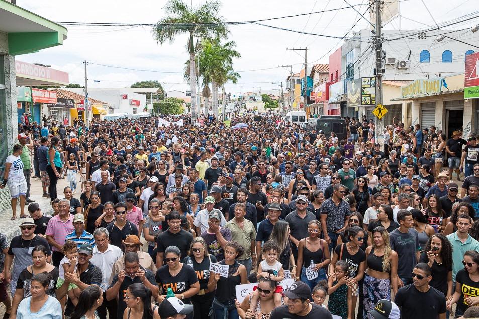 Resultado de imagem para Correntina: asGuerras da Águachegam ao Brasil