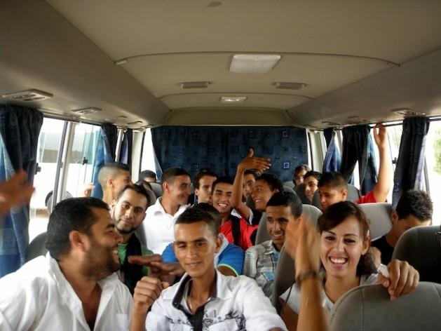 Jovens de Túnis viajam ao interior do país para debater importância do Fórum Social