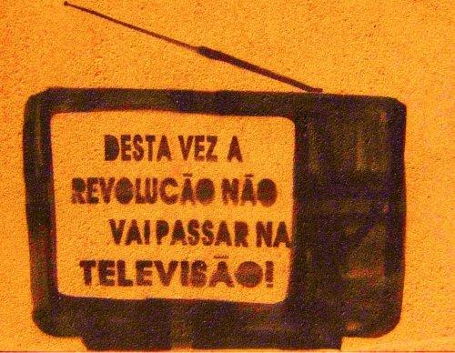 http://outraspalavras.net/wp-content/uploads/2013/06/130628-GloboB.jpg