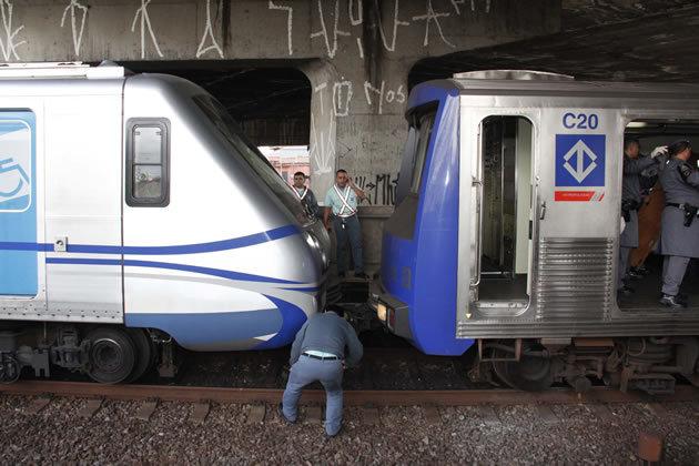 colisão metrô