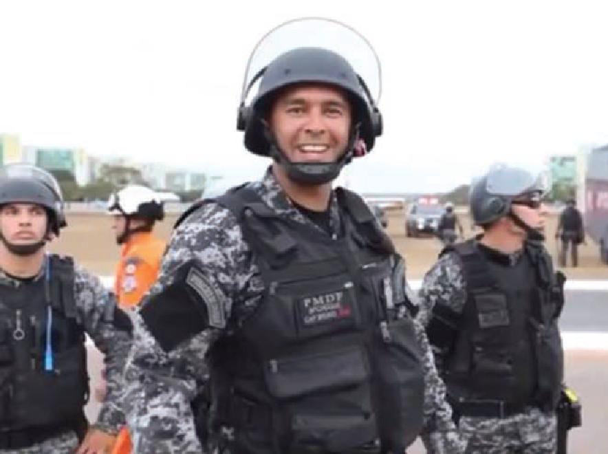 """Capitão Bruno, do batalhão de choque da PM do Distrito Federal: """"joguei porque eu quis"""""""