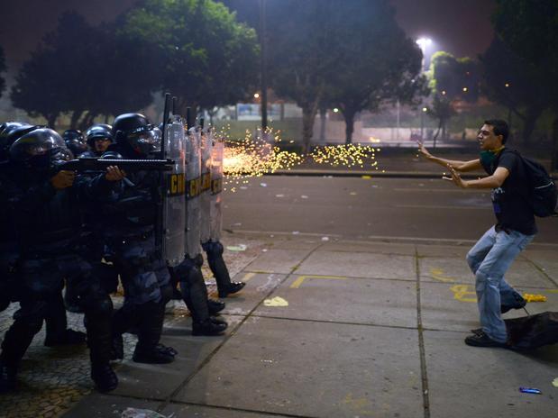 131230-Protestos