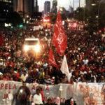 Sobre a marcha dos sem-teto e projeto interrompido