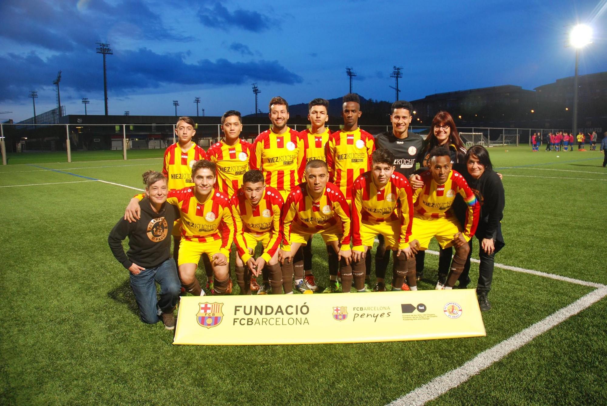 ac2ef868c6 O FC Lampedusa em Barcelona. Mais que um título. Foto  FC Lampedusa