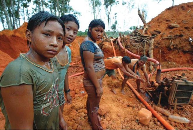 Como a mineração devasta as terras dos índios - Outras Palavras