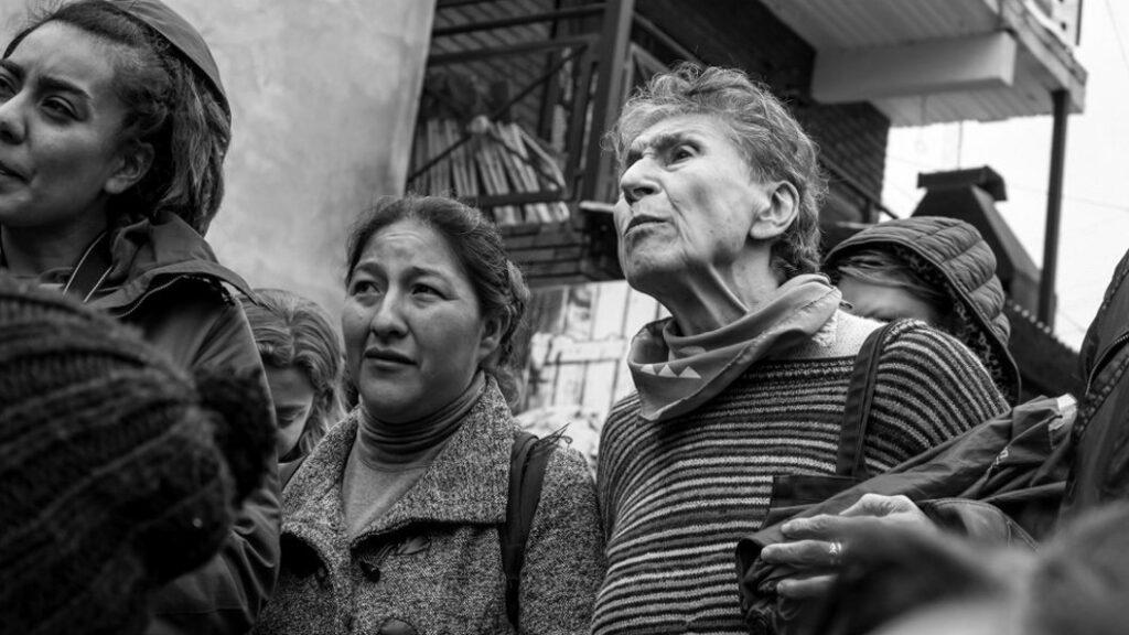 Silvia Federici convida a ir além de Marx